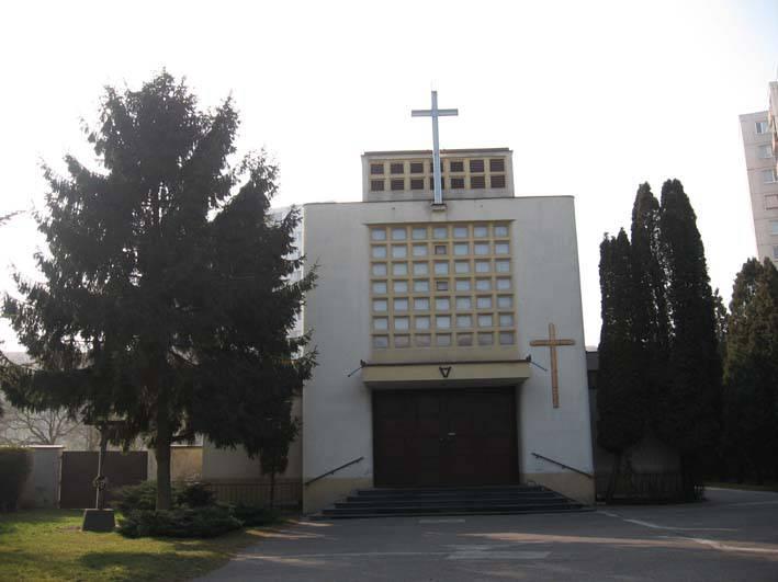 """Rímsko katolícky kostol """"Povýšenia Svätého Kríža"""", r. 1931-1932"""
