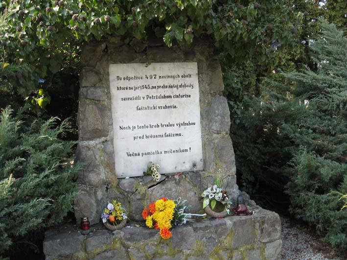 Pomník a spoločný hrob židovských obetí fašizmu