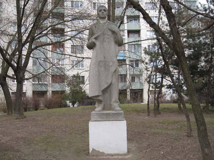 Kameň Robotník, autor Hučko, r.1982