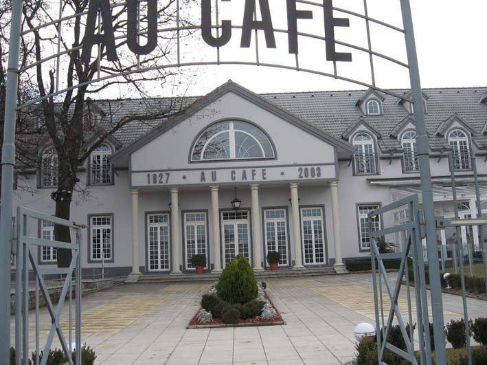 Au Caffe, reštaurácia, r. 1827