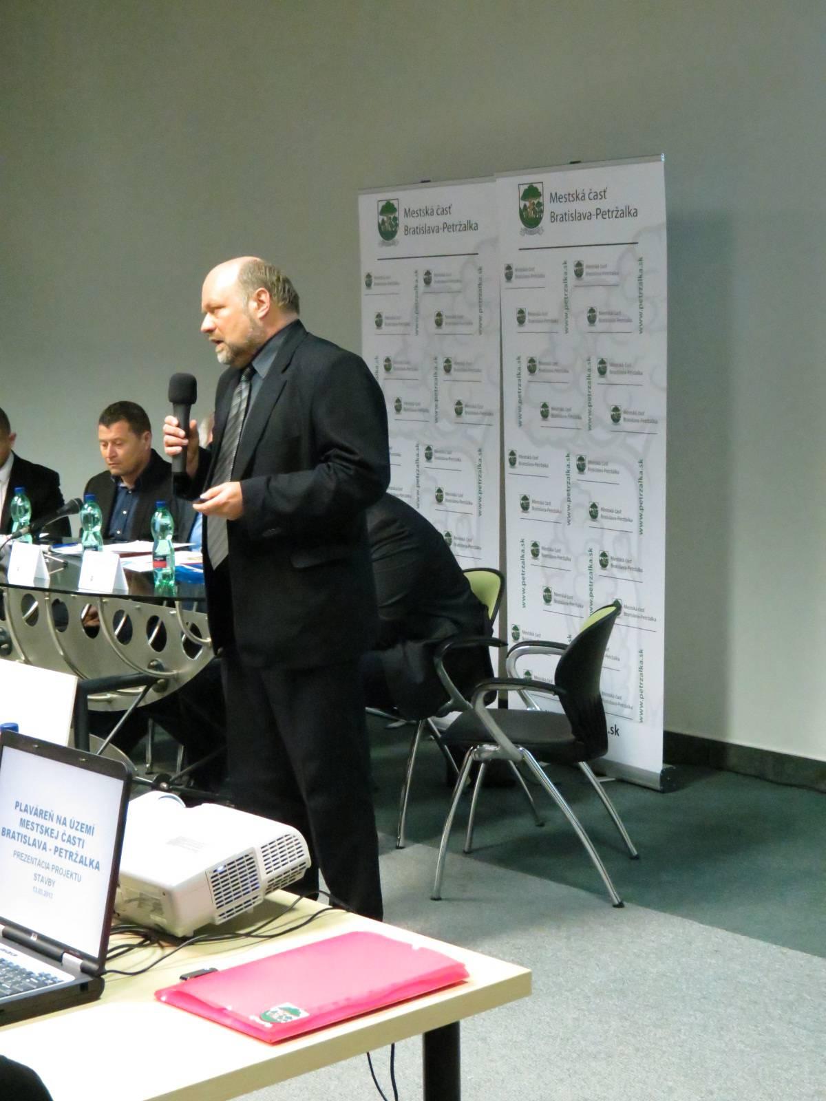 foto_verejna_prezentacia (8)